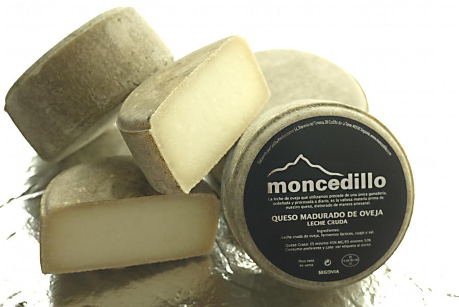 Medio queso de pasta prensada